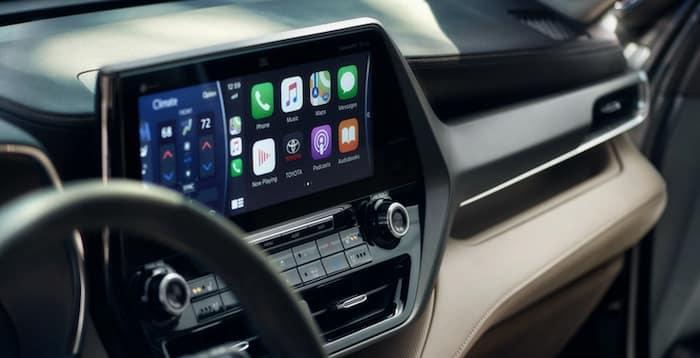 2020 Toyota Highlander Apple CarPlay® compatibility