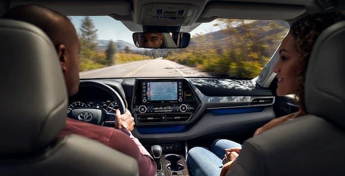 2020 Toyota Highlander dynamic navigation